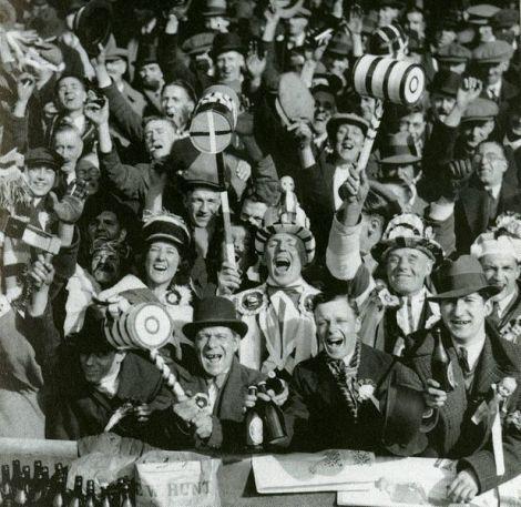 West Ham Fans, 1933